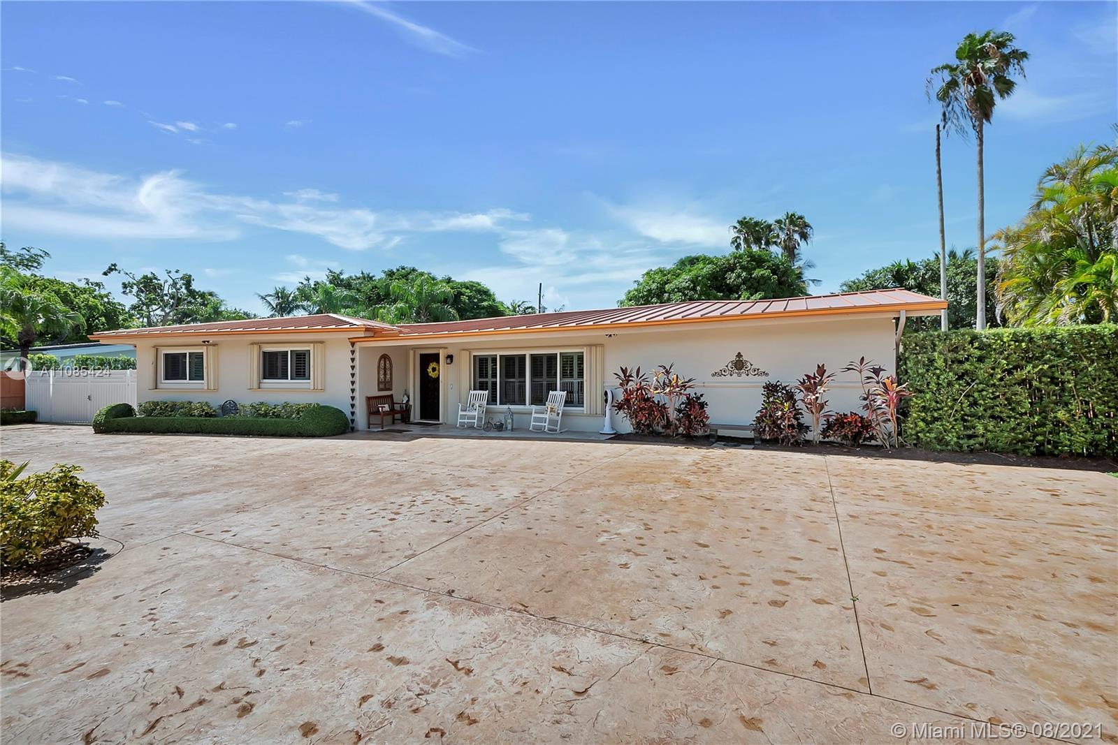 Pine Tree Estates - 8140 SW 132 St, Pinecrest, FL 33156
