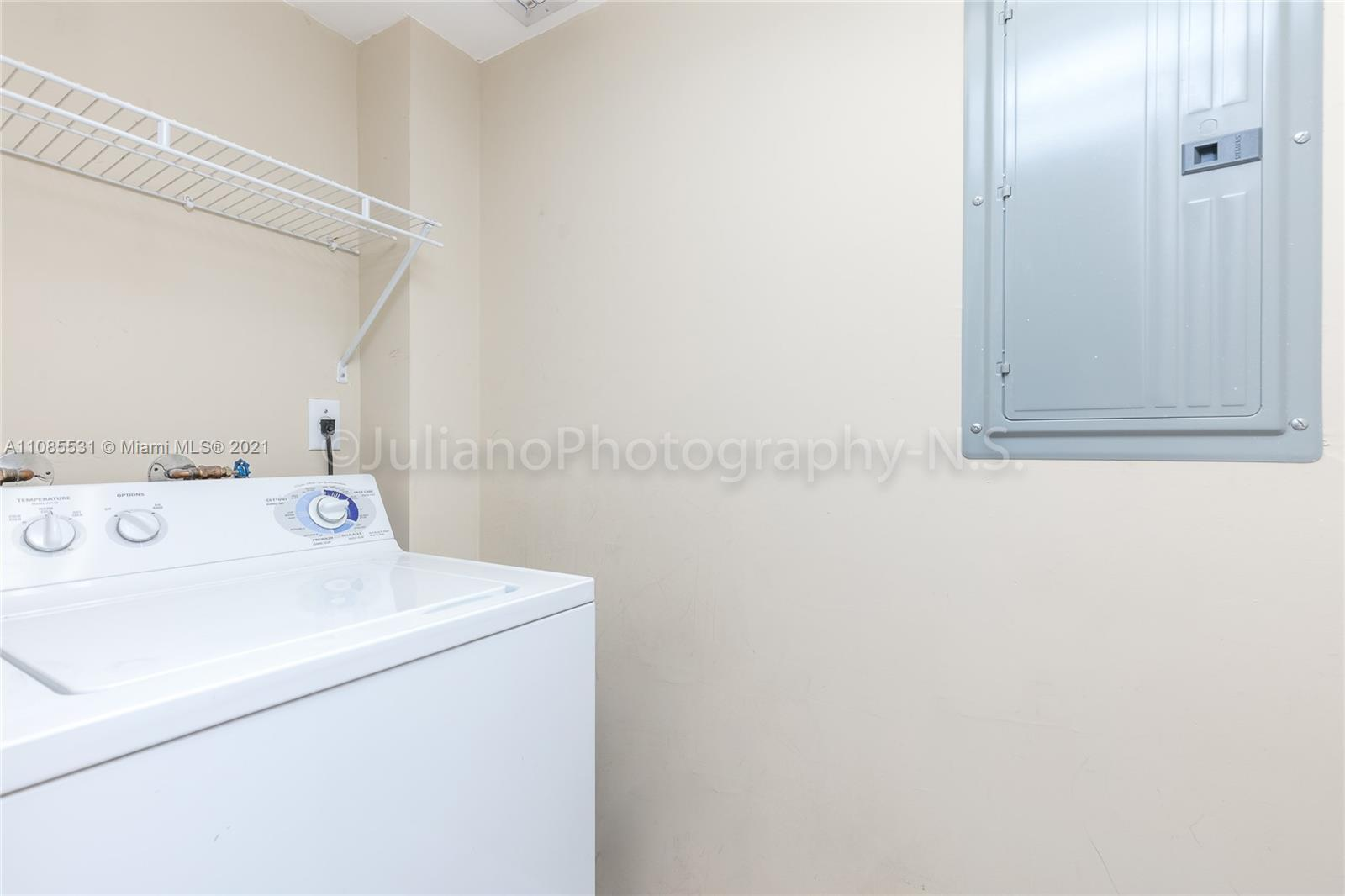 6917 Collins Ave #508 photo014