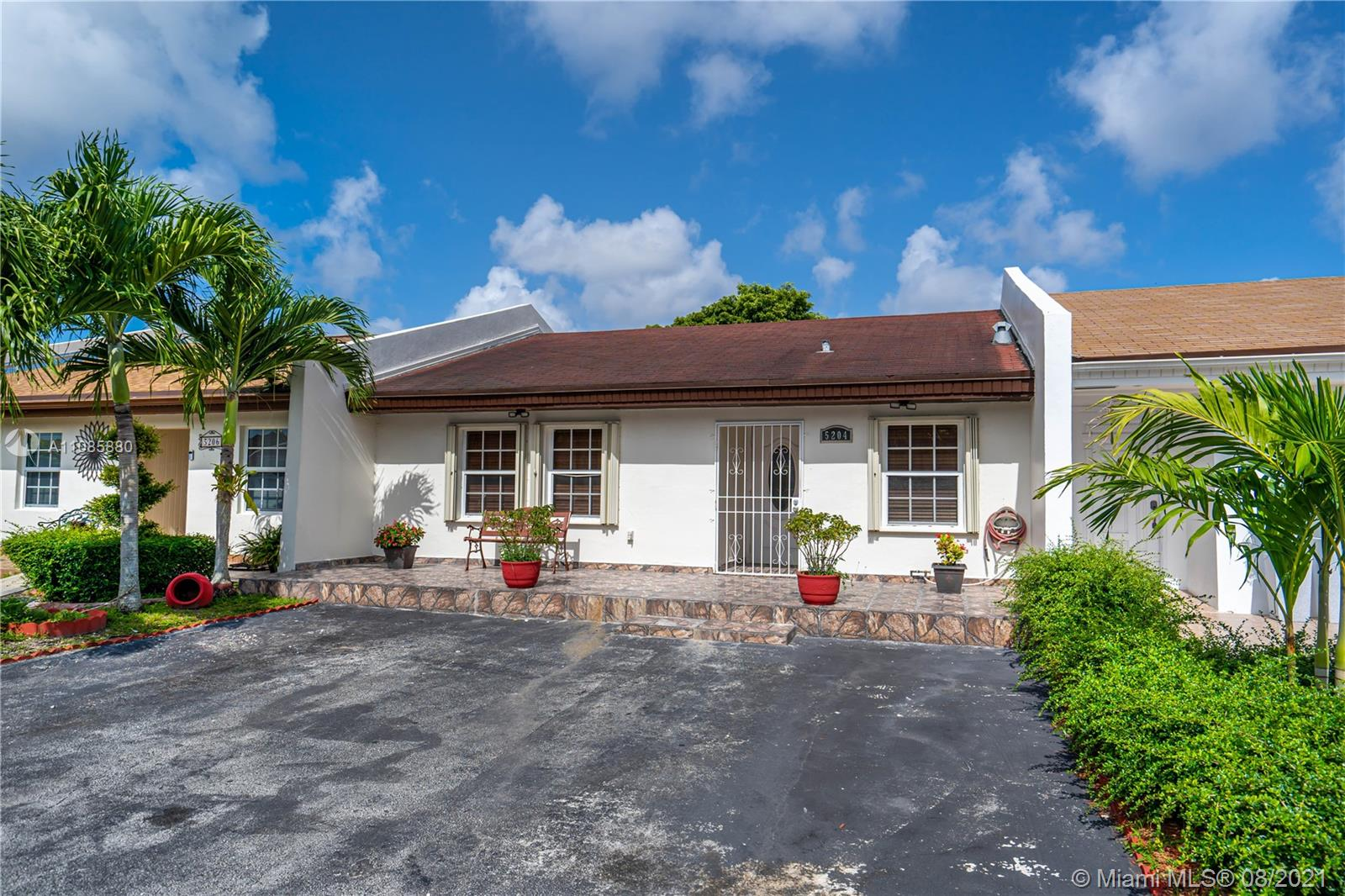Bent Tree - 5204 SW 141st Ave, Miami, FL 33175
