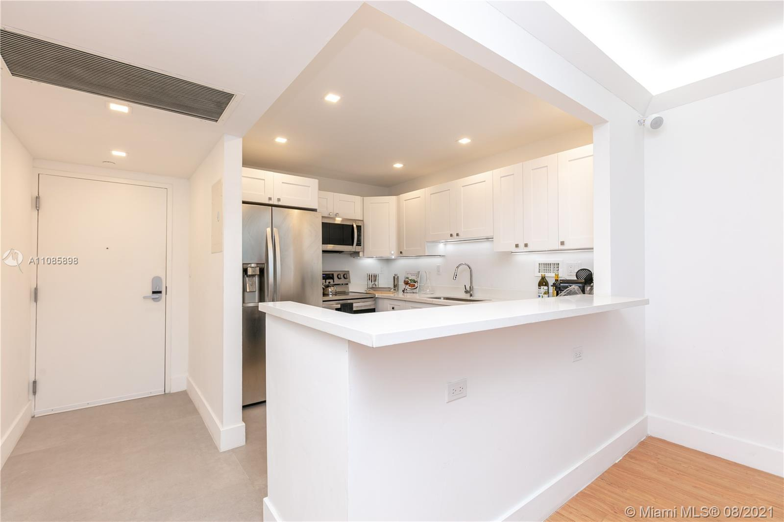 2301 Collins Ave #614 photo013