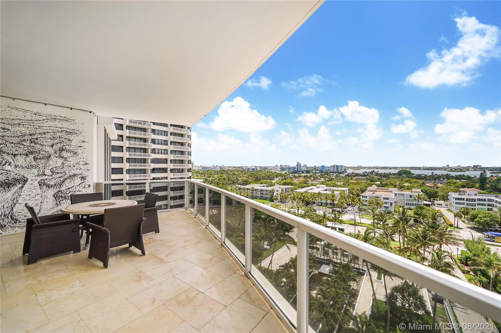 10225 Collins Ave #703 photo023