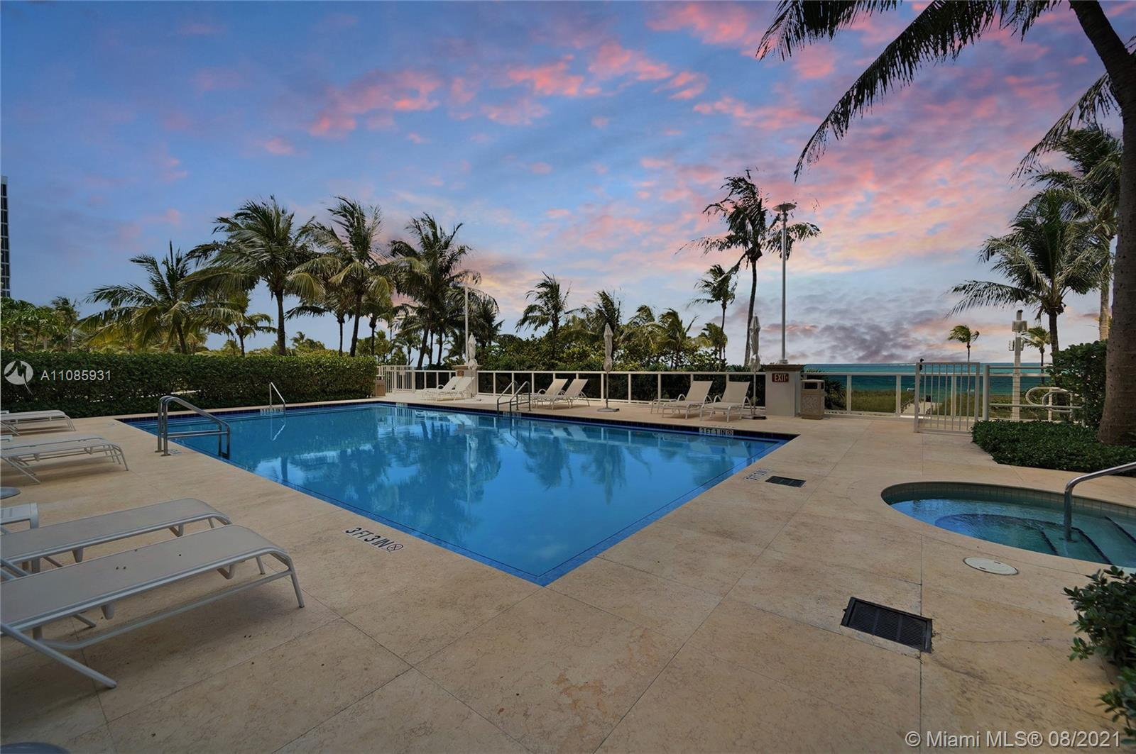 10225 Collins Ave #703 photo027