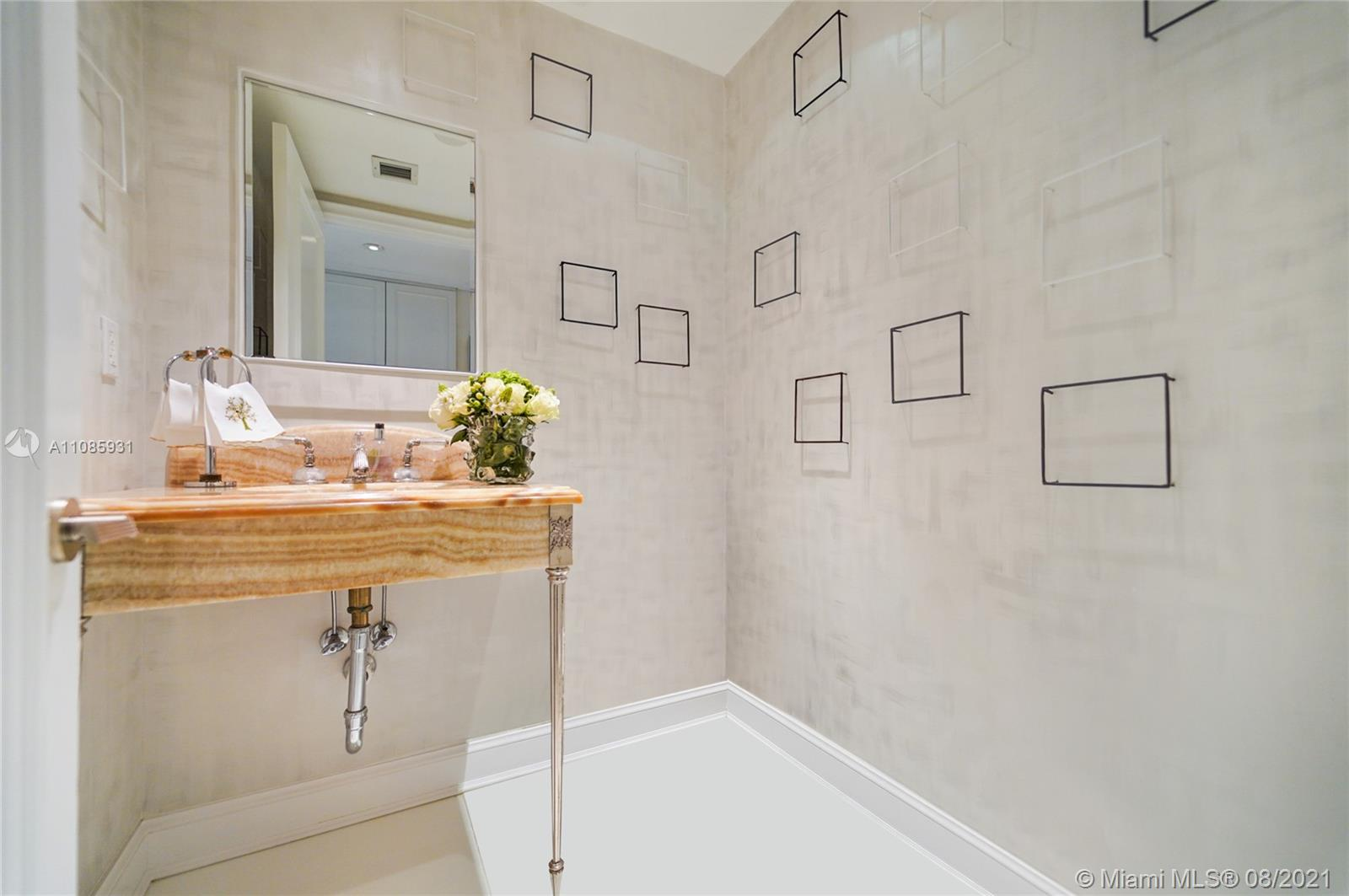 10225 Collins Ave #703 photo07