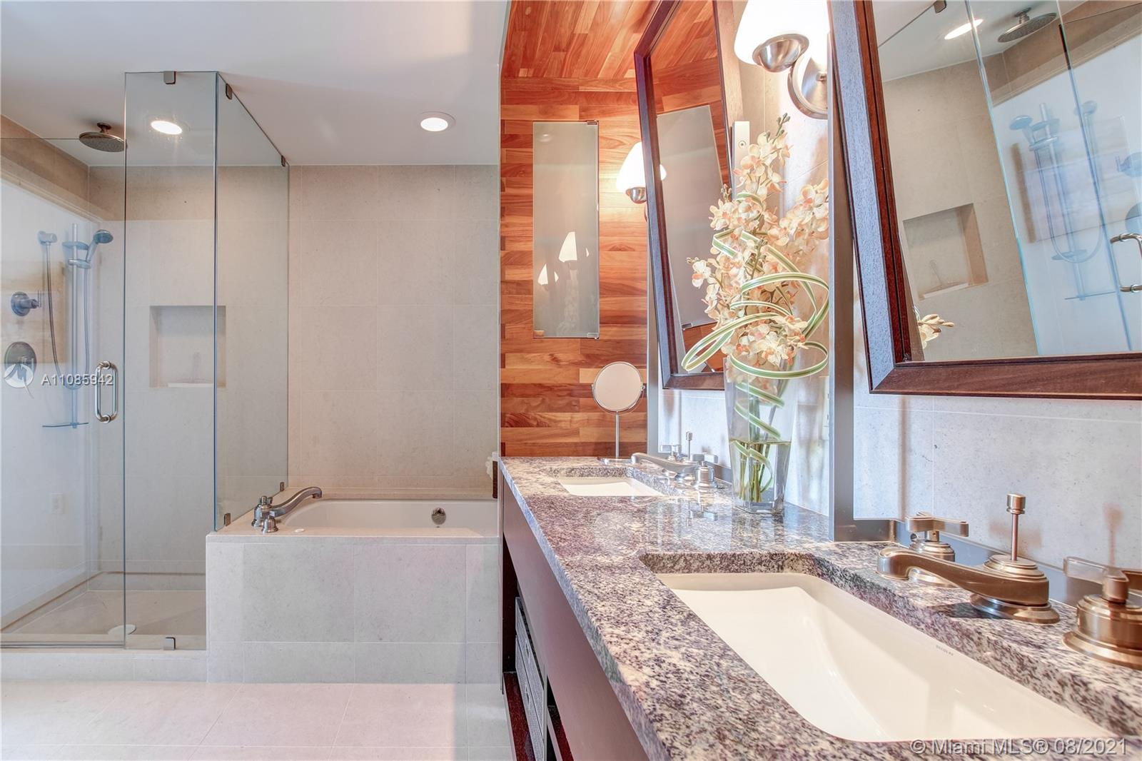 6899 Collins Ave #1203 photo019