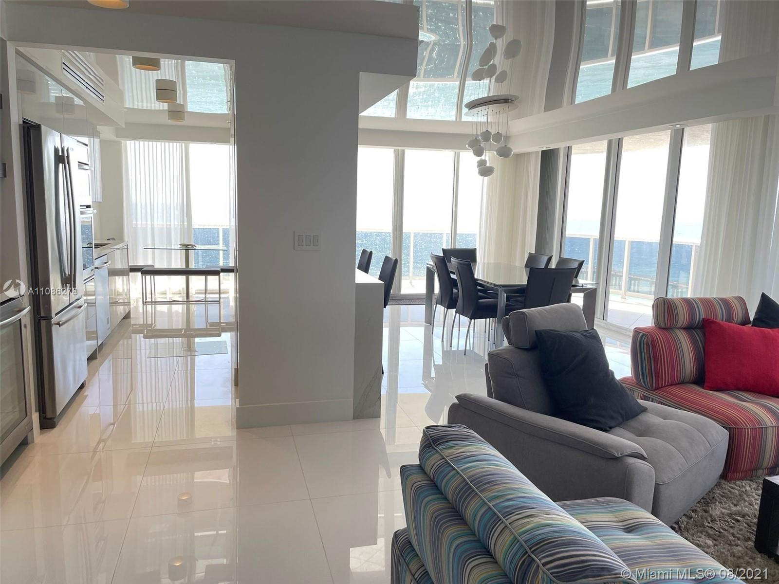 16711 Collins Ave #1107 photo08