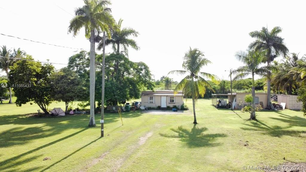 Single Family Home For Sale REDLANDS1,000 Sqft