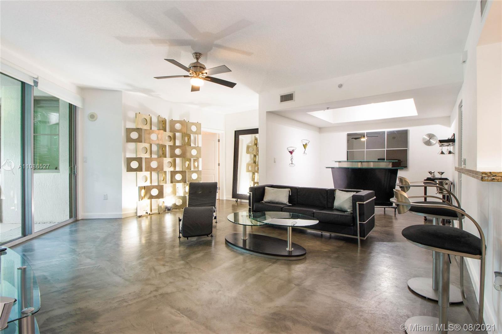 Cosmopolitan #1508 - 110 Washington Ave #1508, Miami Beach, FL 33139
