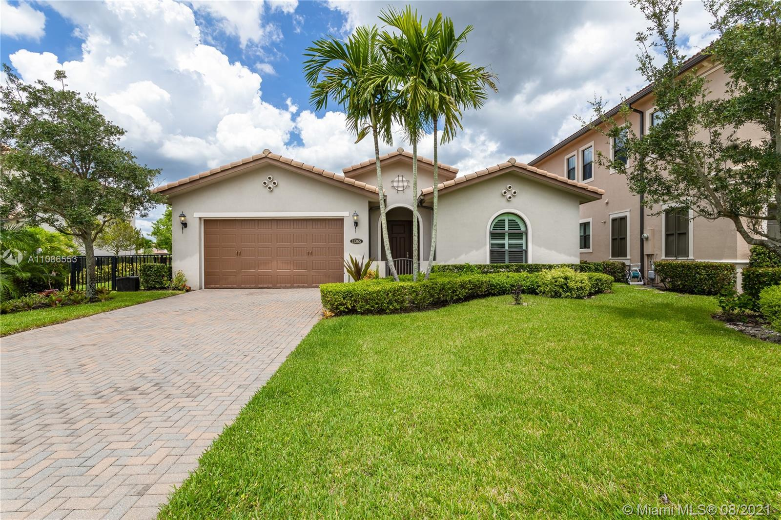 Property for sale at 11365 Fairfield St, Parkland,  Florida 33076