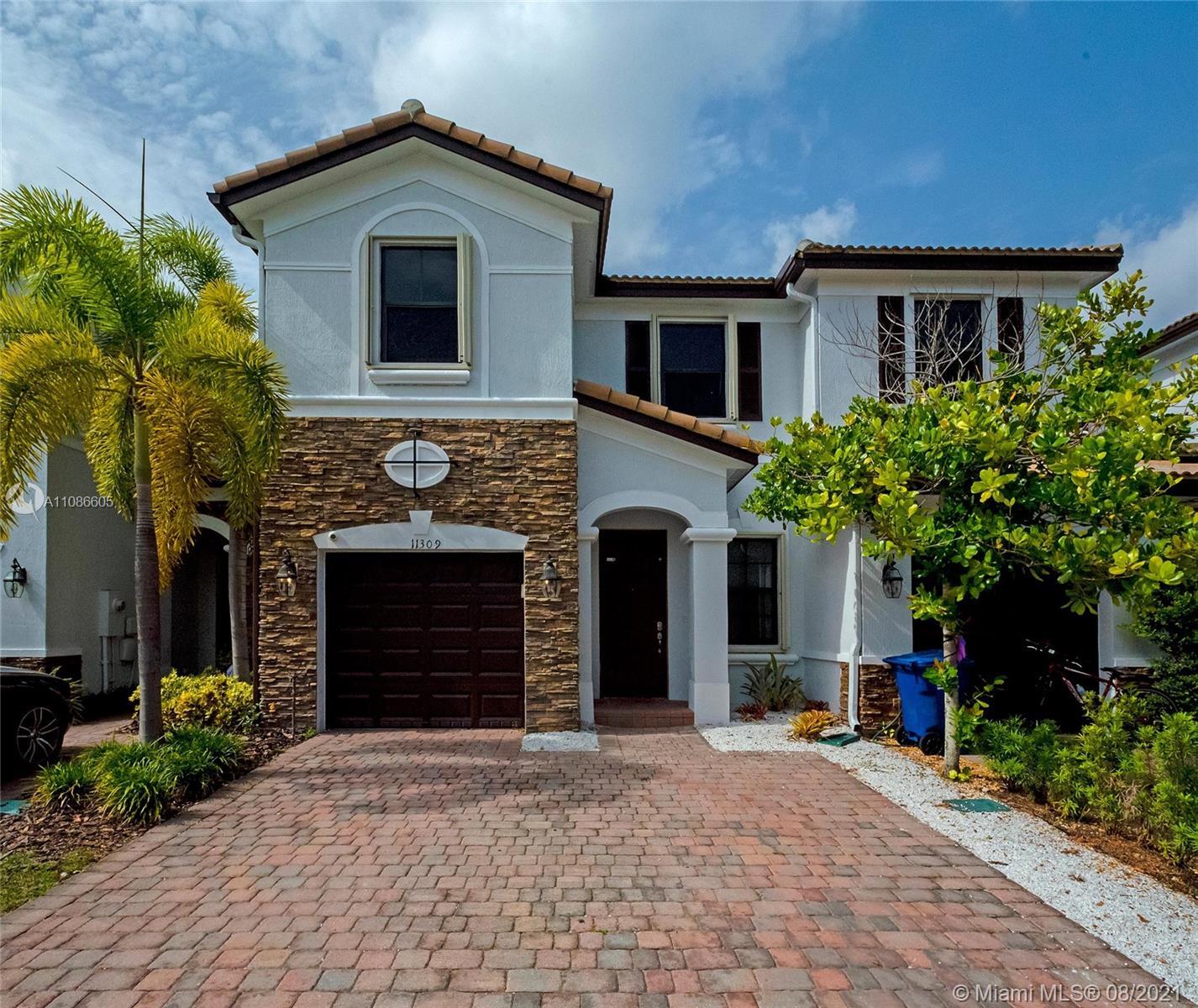 Villa Bello Monaco - 11309 NW 88th Ter, Doral, FL 33178