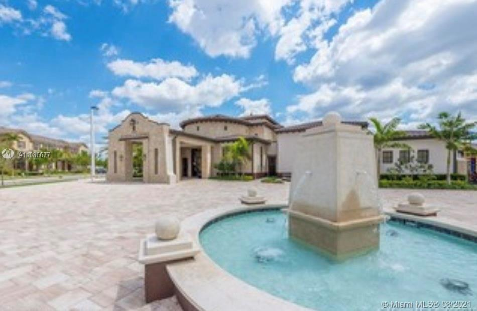 Kendall Commons - 17110 SW 95th Ter, Miami, FL 33196