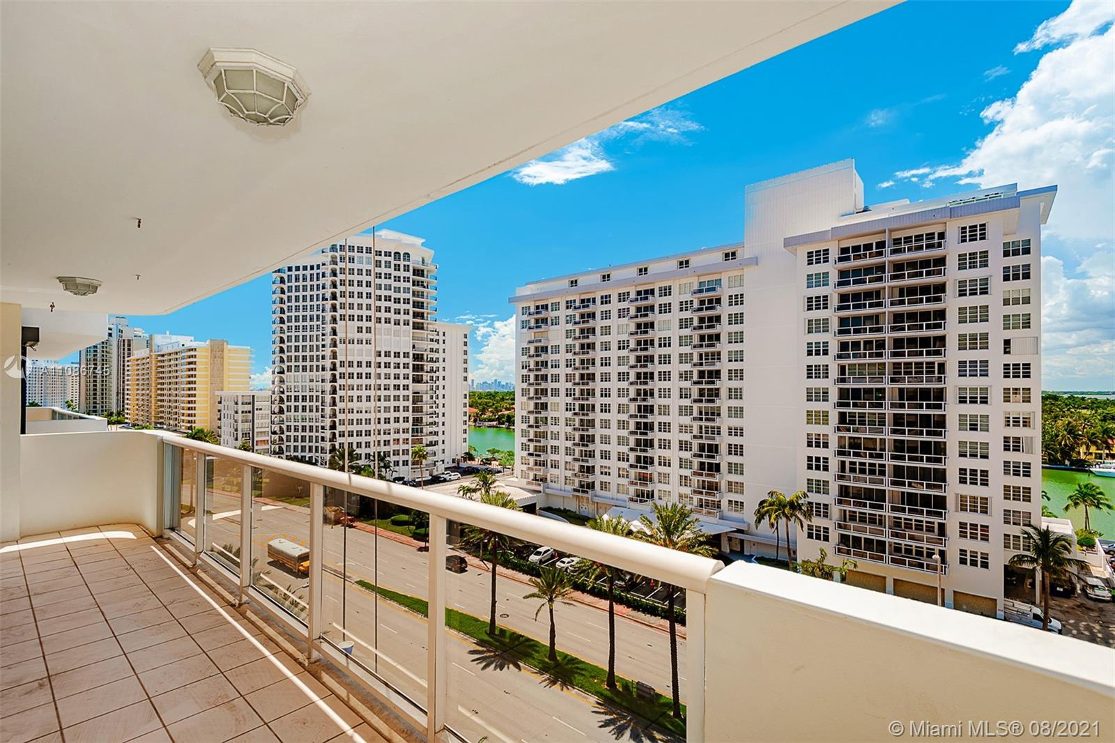 5757 Collins Ave #1002 photo03