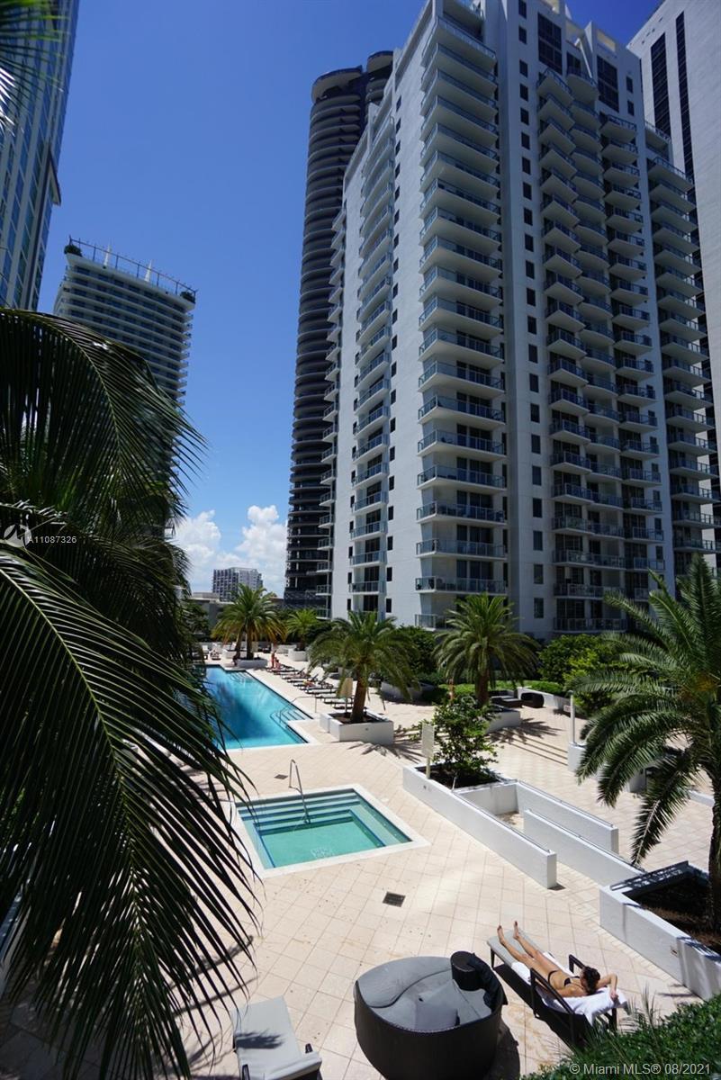 1060 Brickell West Tower #1411 - 1060 Brickell Ave #1411, Miami, FL 33131