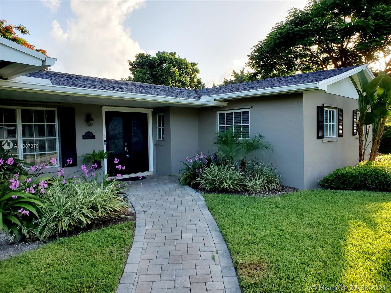 Pine Shore - 10721 SW 124th St, Miami, FL 33176