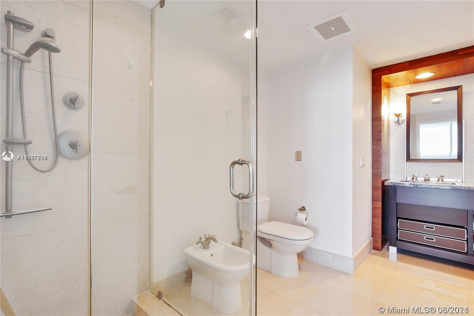 6799 Collins Ave #605 photo024
