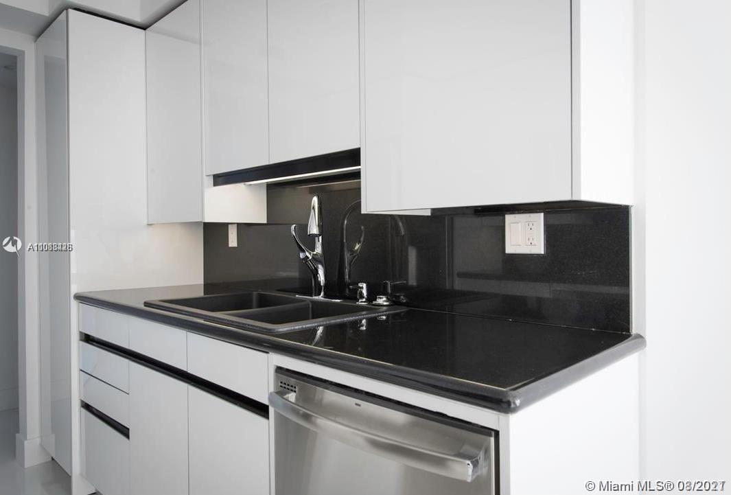 18671 Collins Ave #603 photo011