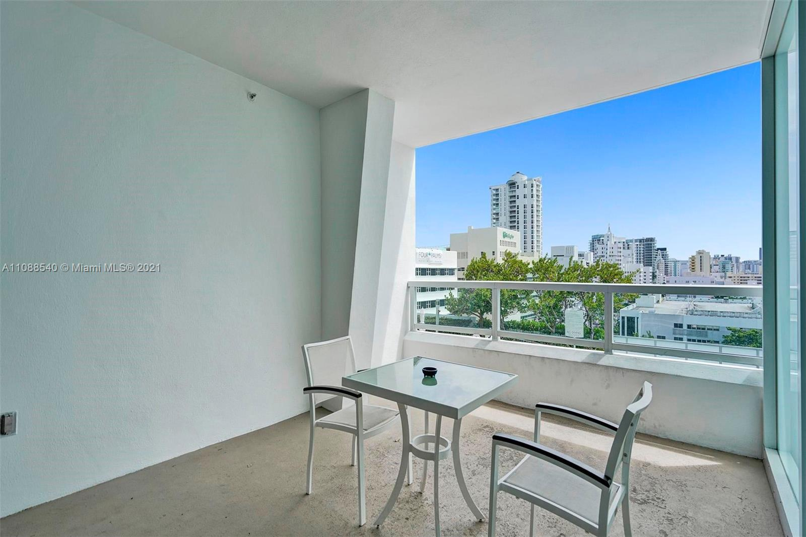 4401 Collins Ave #808 photo05