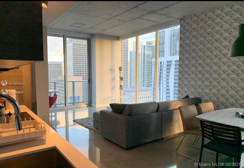 Centro #2401 - 151 SE 1st St #2401, Miami, FL 33131