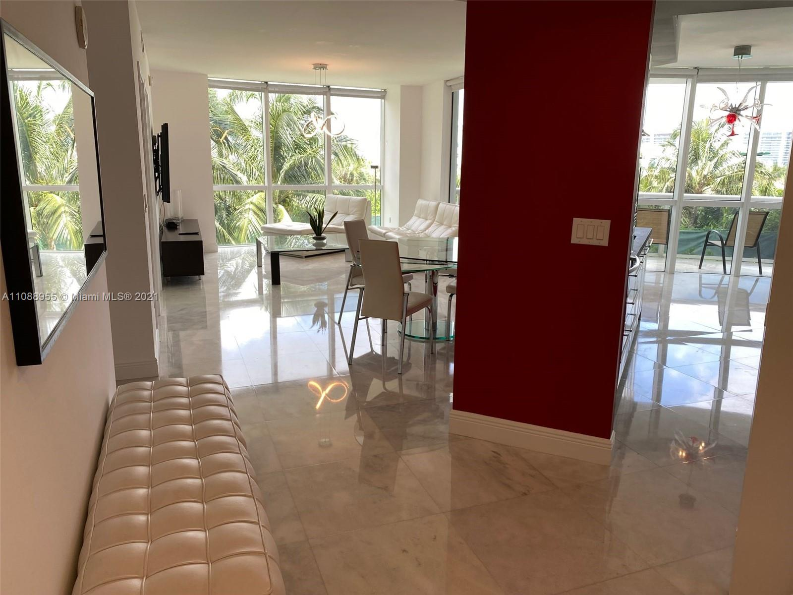 18201 Collins Ave #501A photo02