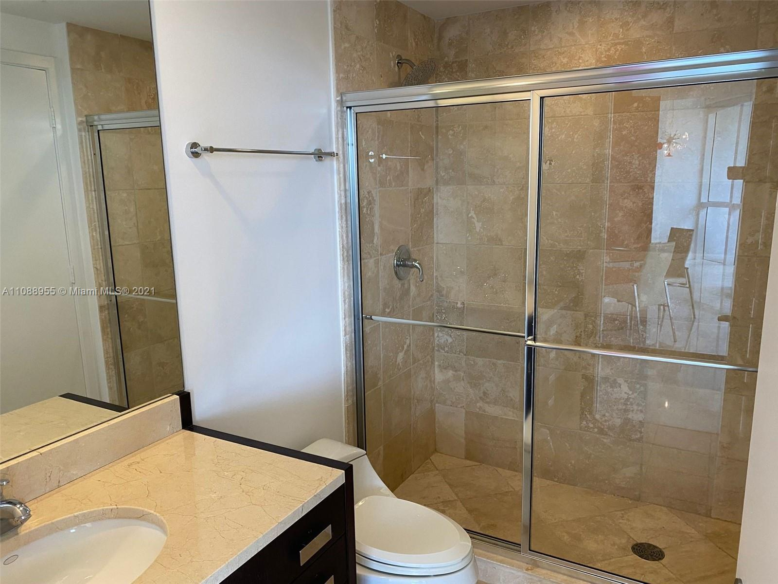 18201 Collins Ave #501A photo09