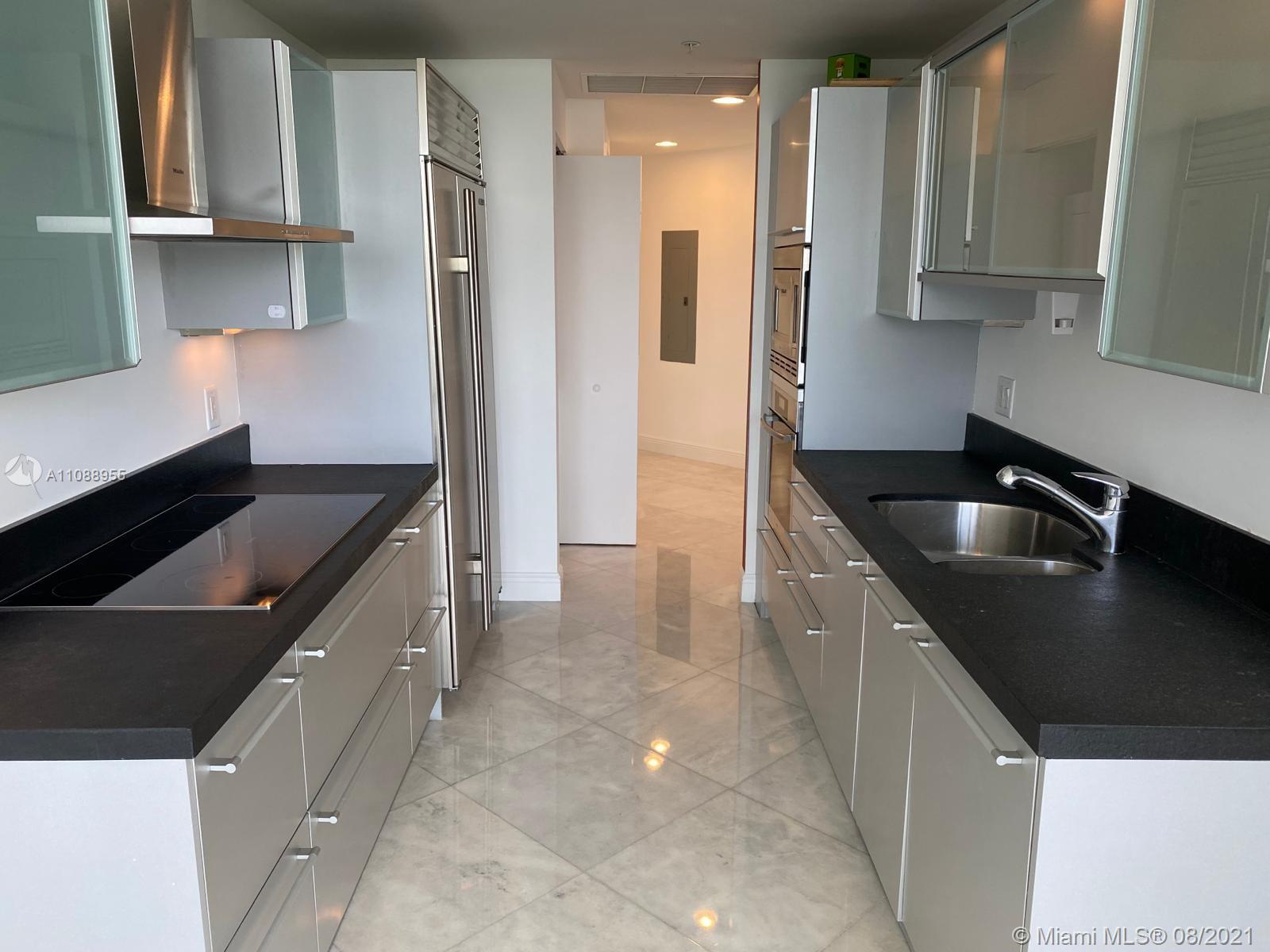 18201 Collins Ave #501A photo010