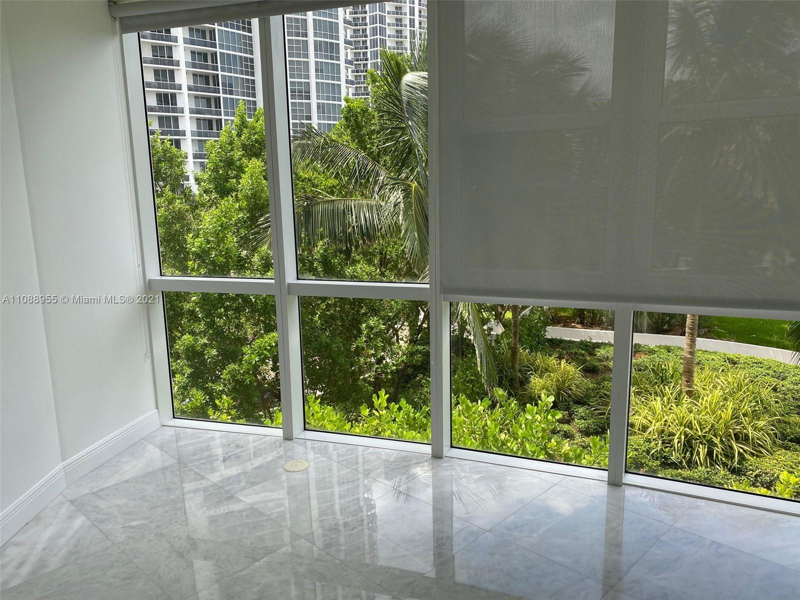 18201 Collins Ave #501A photo08
