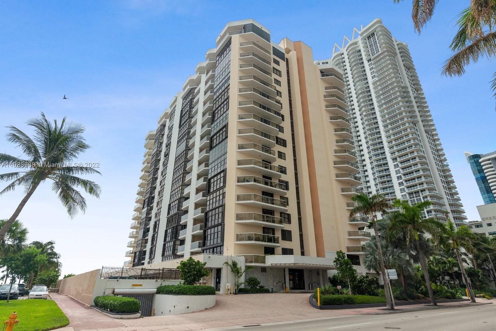 Mar del Plata #308 - 6423 Collins Ave #308, Miami Beach, FL 33141