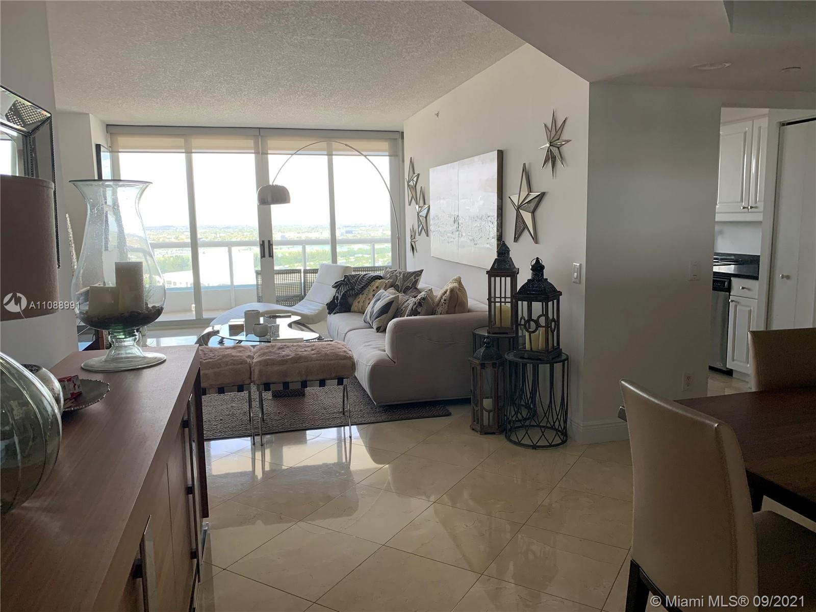 Condo For Rent at SOUTH TOWER AT THE POINT