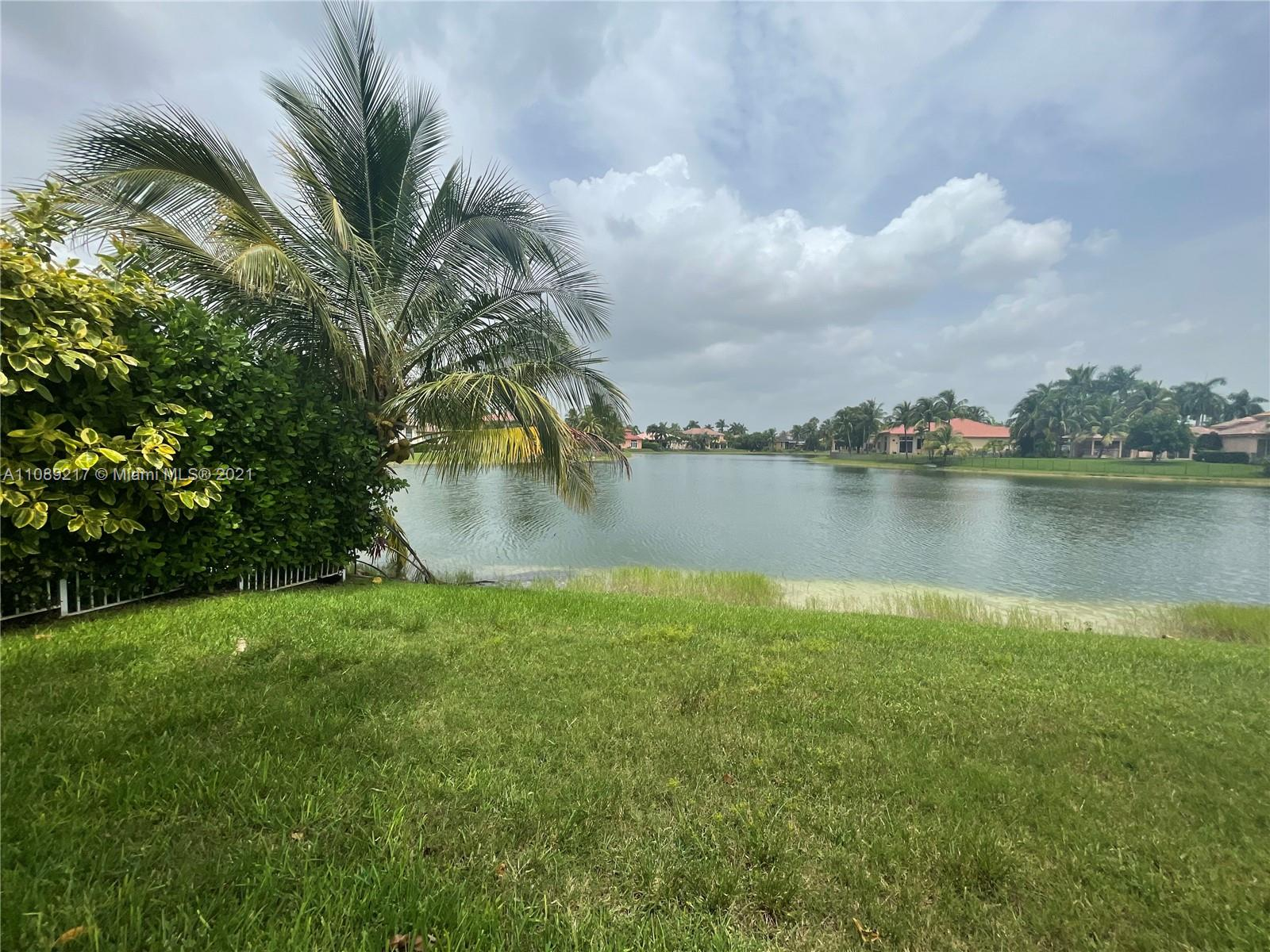 Sunset Lakes - 18571 SW 44th St, Miramar, FL 33029