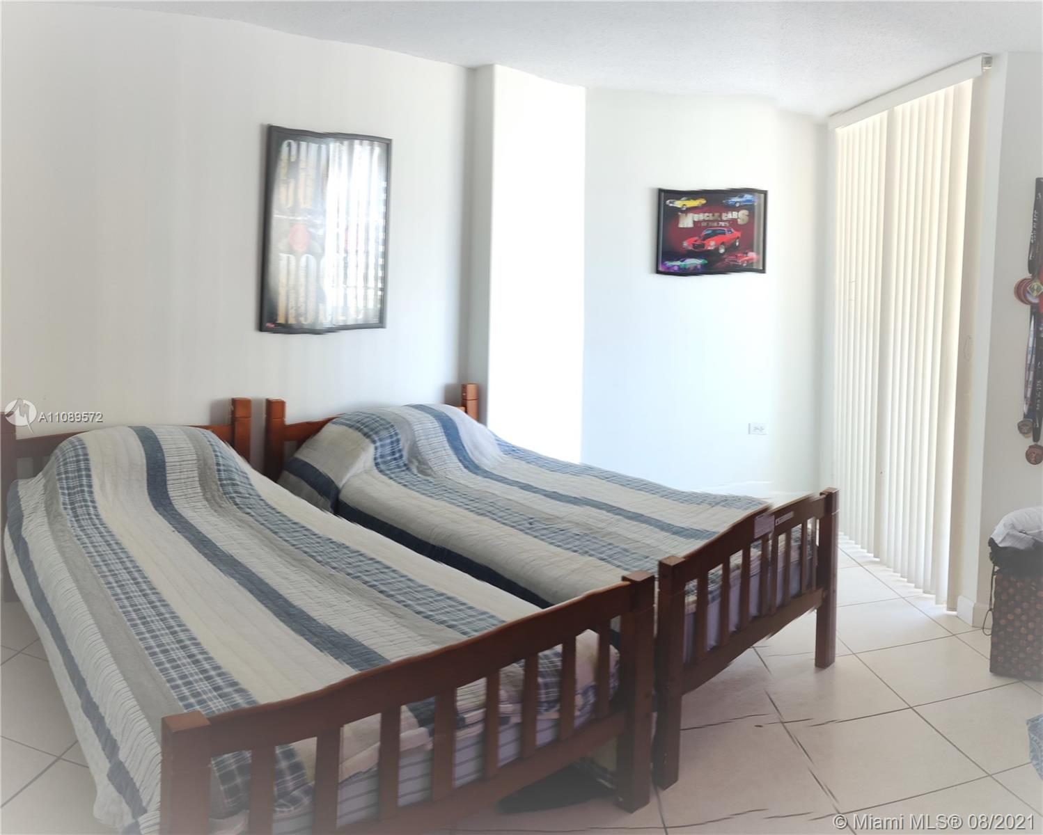 5555 Collins Ave #6T photo08