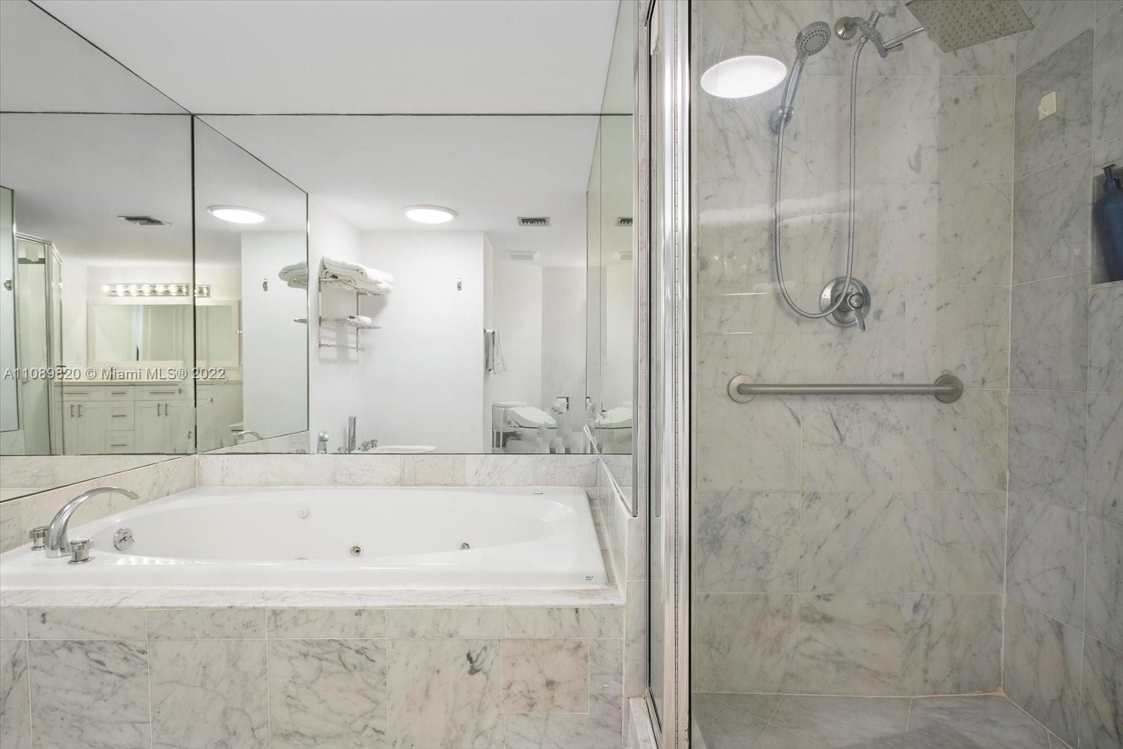 9455 Collins Ave #309 photo022