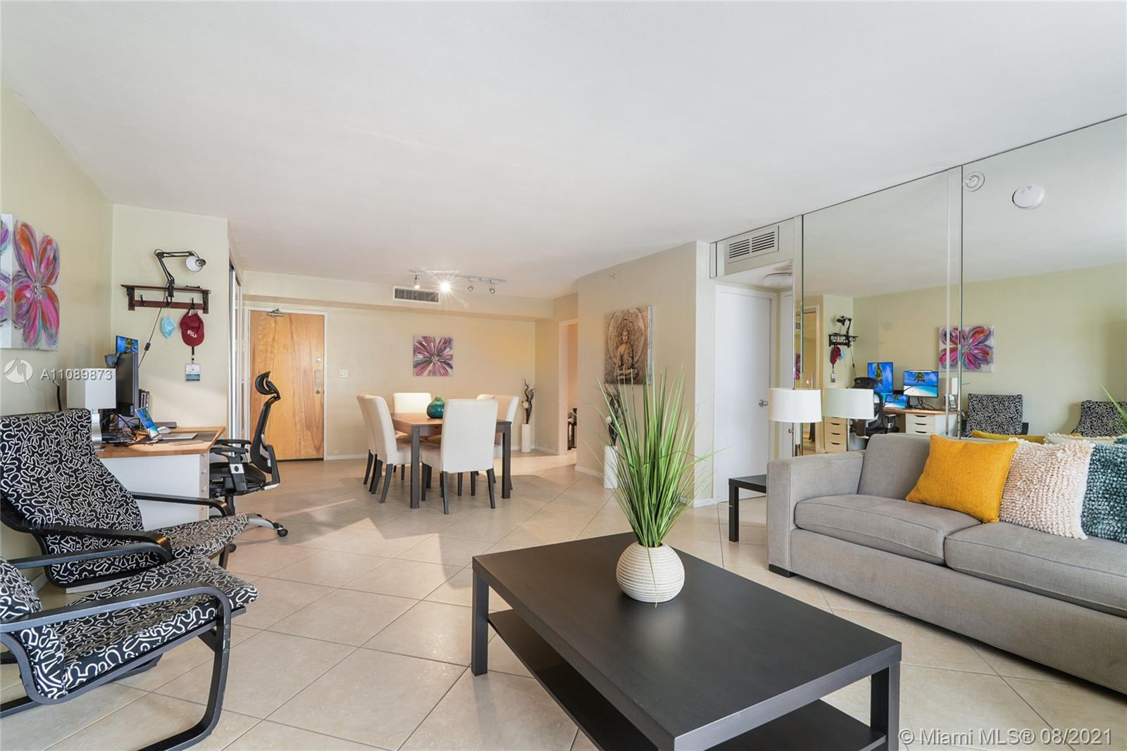 9195 Collins Ave #409 photo03