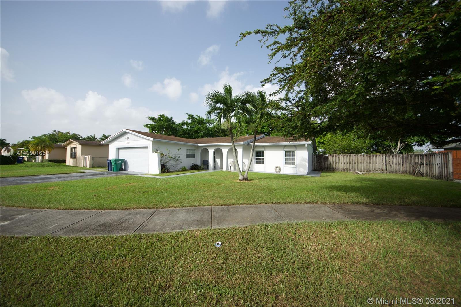 Winston Park - 8441 SW 129th Ave, Miami, FL 33183