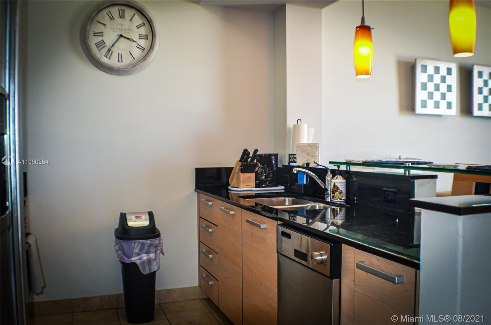 18683 Collins Ave #806 photo07