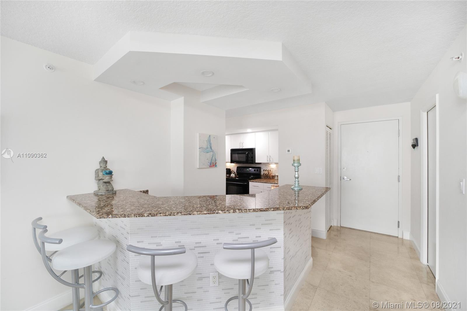 6917 Collins Ave #1006 photo010