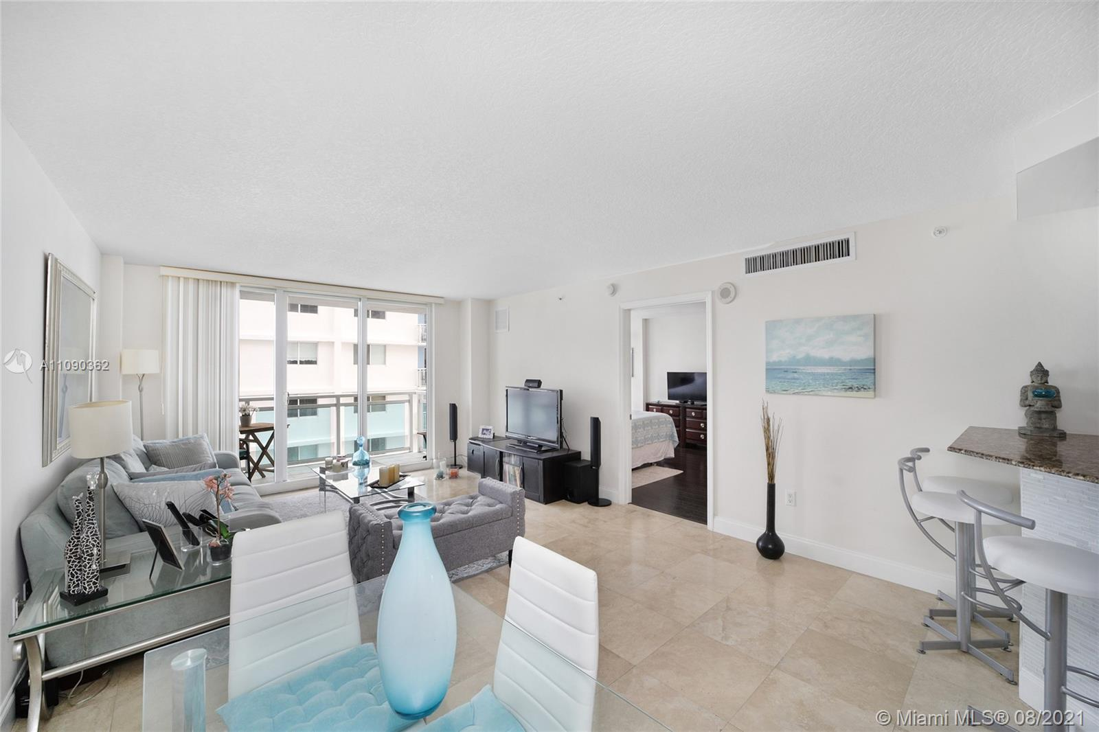 6917 Collins Ave #1006 photo08