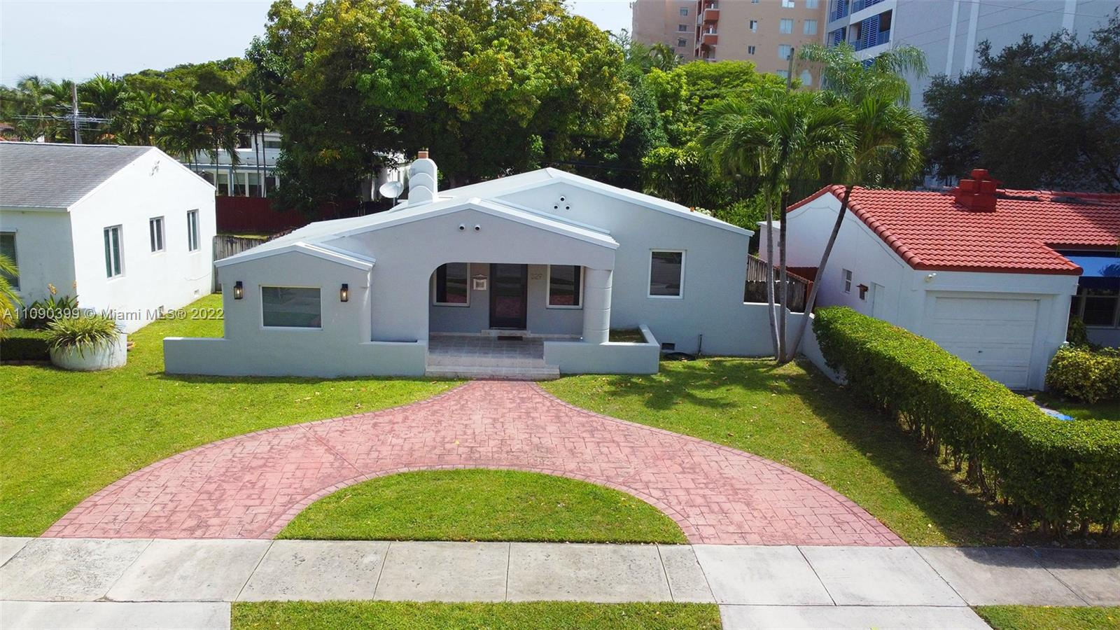 East Shenandoah - 329 SW 32nd Rd, Miami, FL 33129