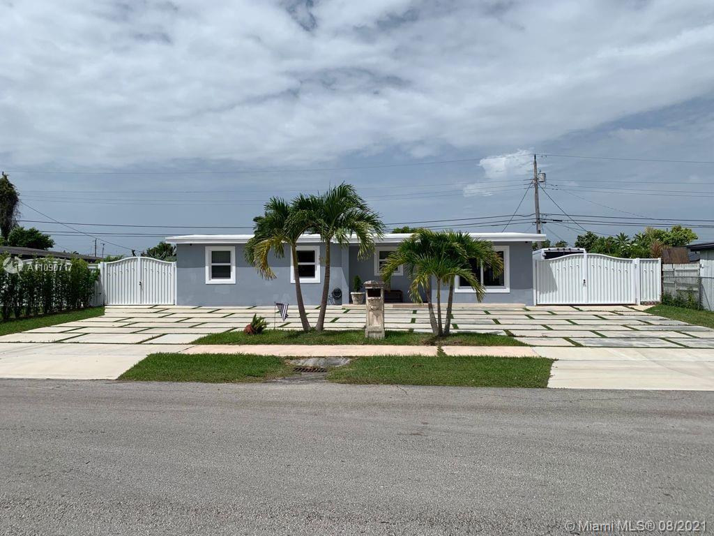 Westwood Lake - 5200 SW 114th Ct, Miami, FL 33165