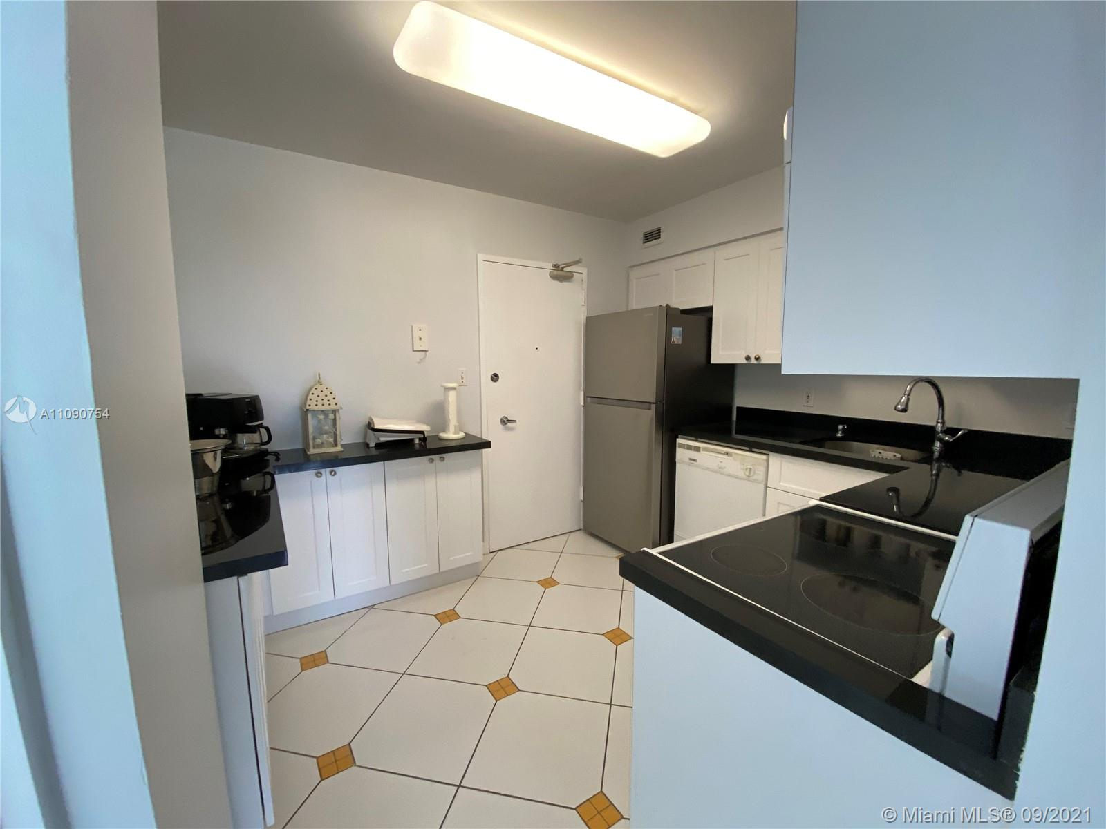 5161 Collins Ave #416 photo09