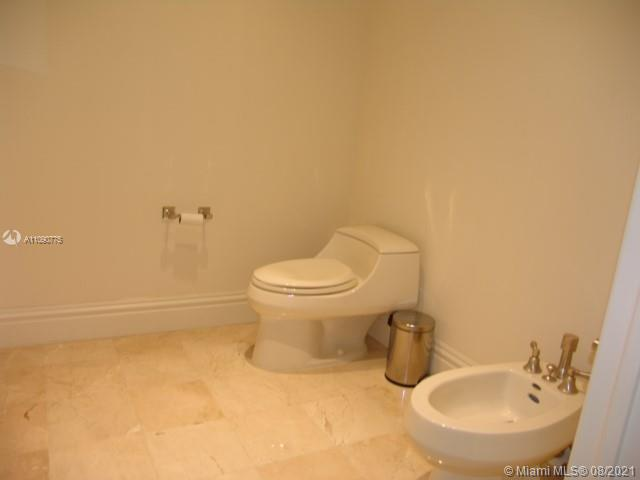 10295 Collins Ave #803 photo032