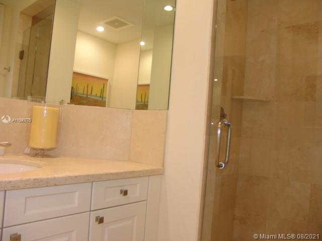 10295 Collins Ave #803 photo024
