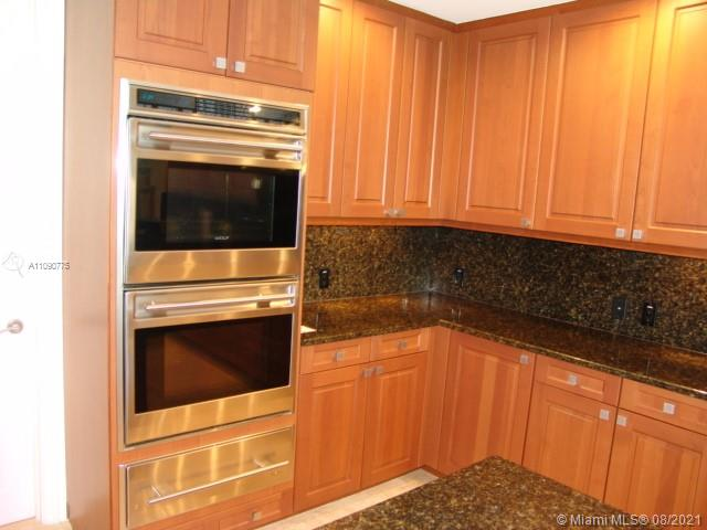 10295 Collins Ave #803 photo055