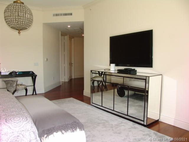 10295 Collins Ave #803 photo044