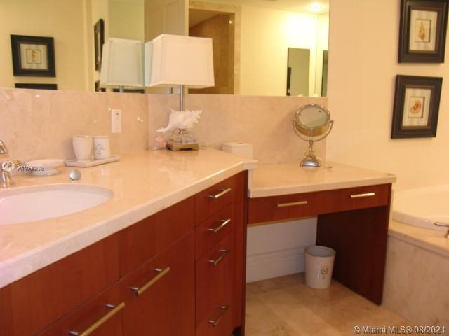 10295 Collins Ave #803 photo035