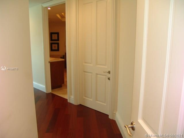 10295 Collins Ave #803 photo029