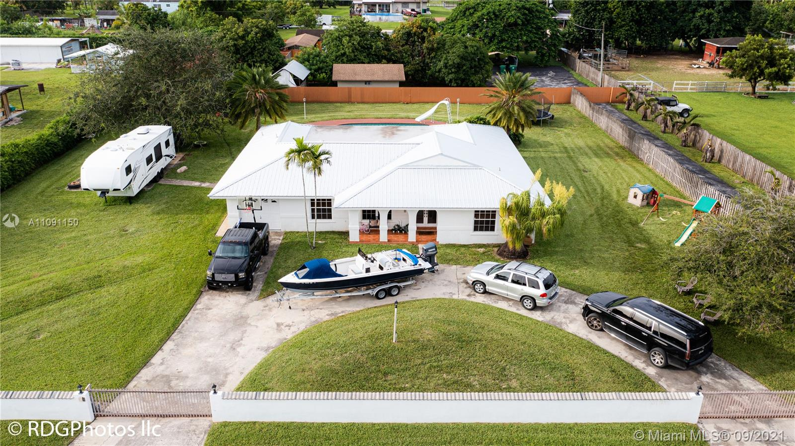 Single Family Home,For Sale,20901 SW 238th St, Homestead, Florida 33031,Brickell,realty,broker,condos near me