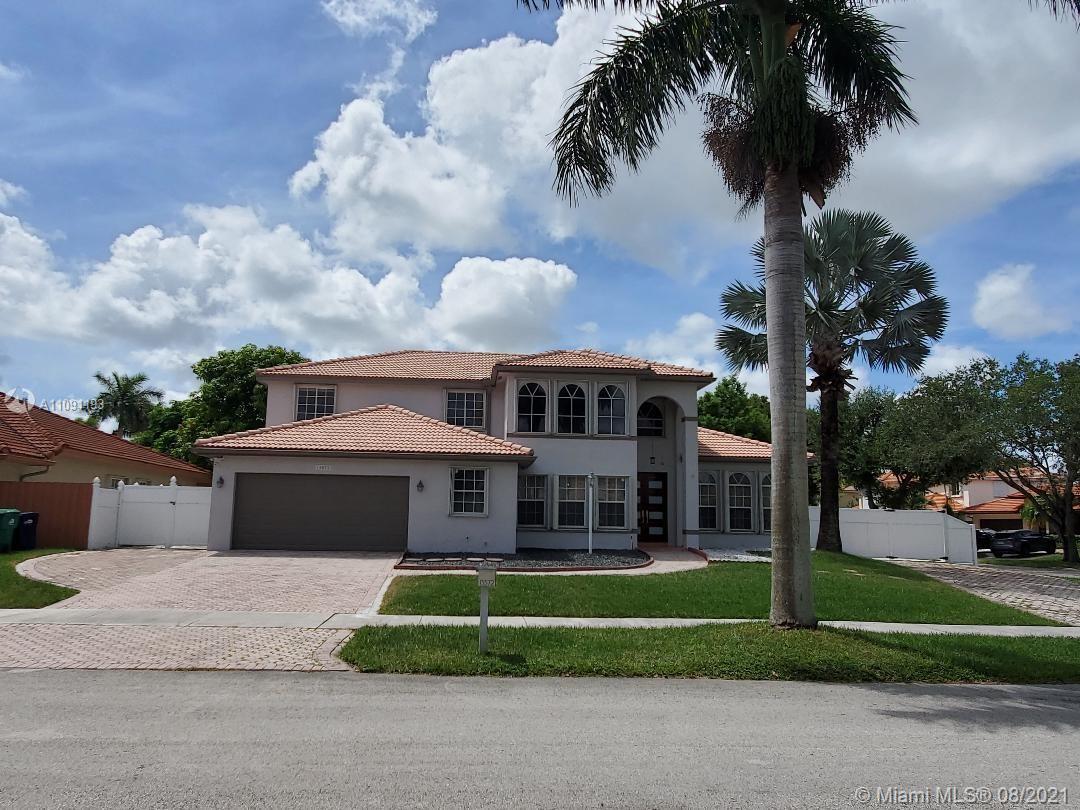 Hammocks - 15572 SW 112th Ter, Miami, FL 33196