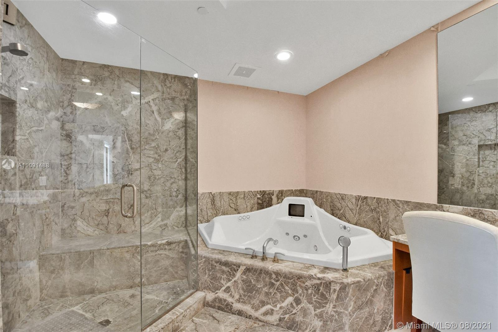 16051 Collins Ave #3104 photo028