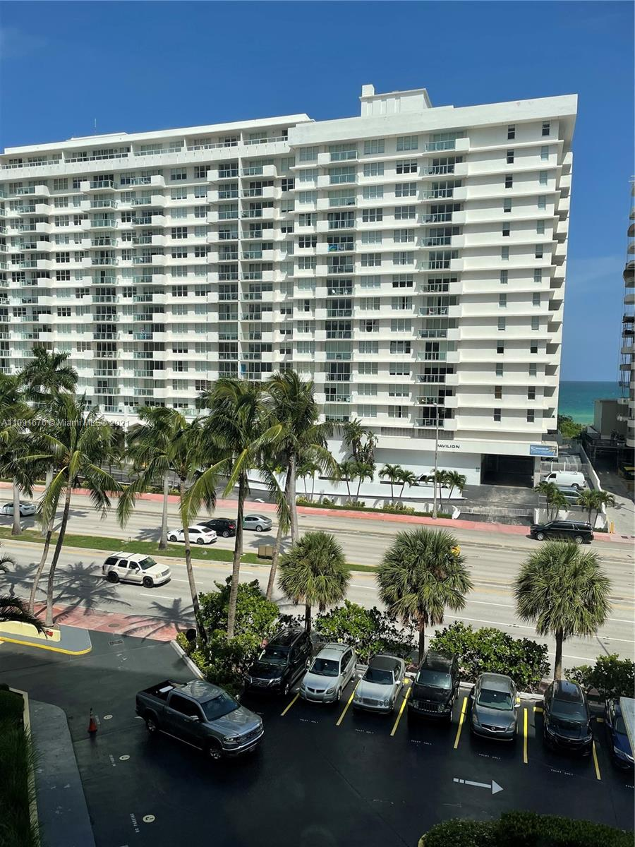 5600 Collins ave #6W photo02