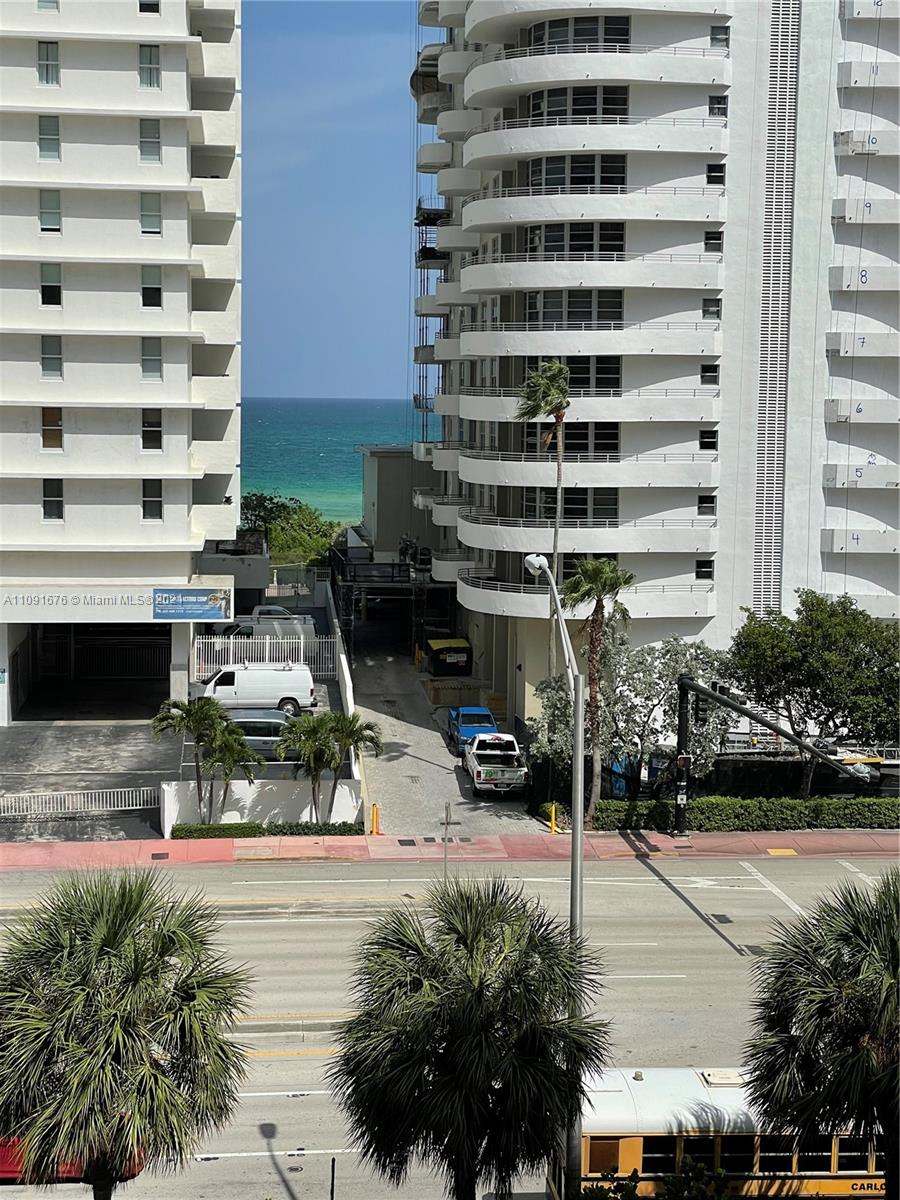 5600 Collins ave #6W photo03