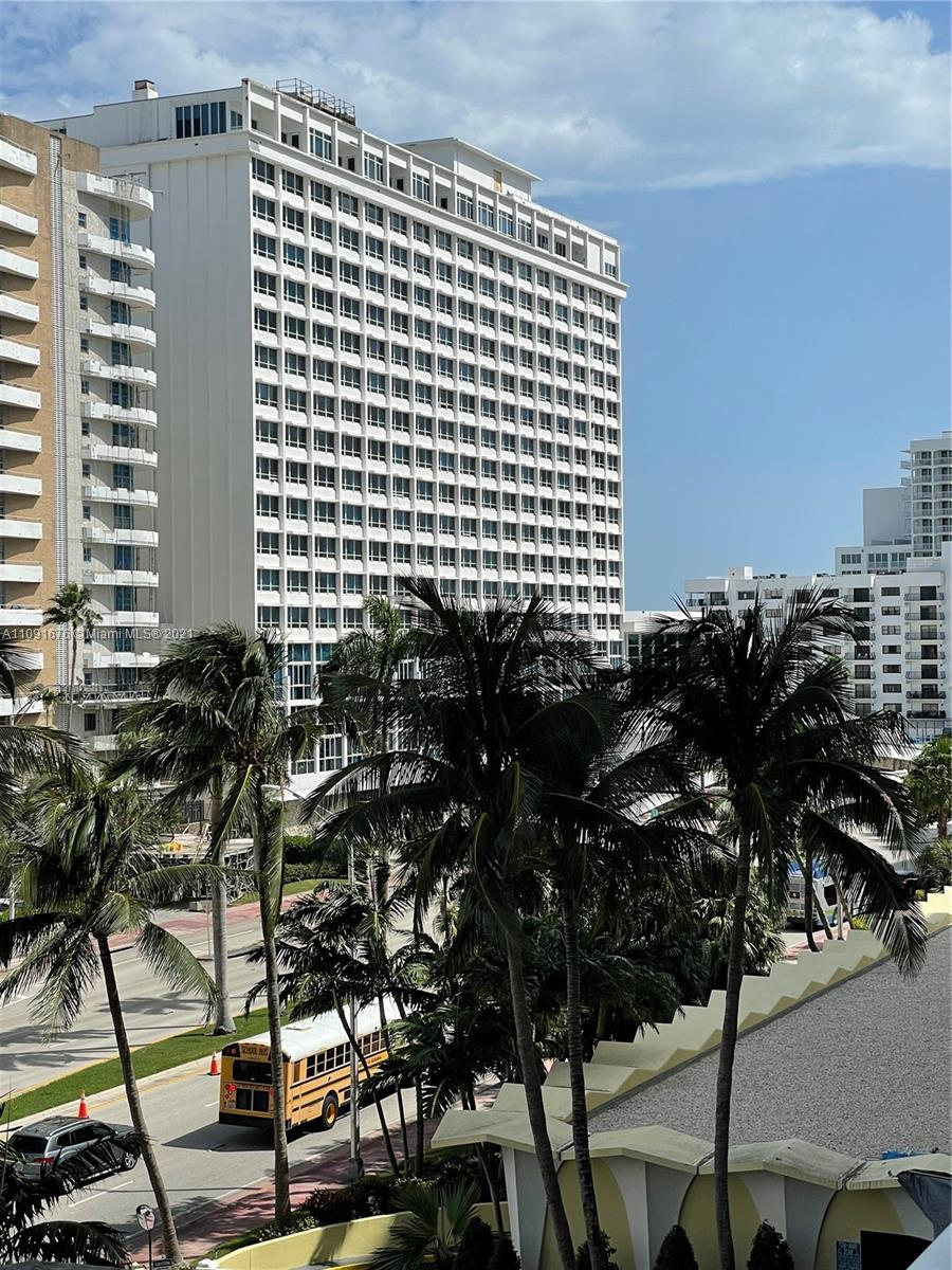 5600 Collins ave #6W photo05